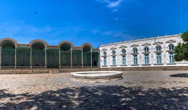 Річний заміський палац Ситораи Мохі Хоса