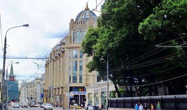 Вулиця Воздвиженка