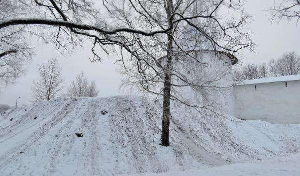 Фортеця Псково-Печерського монастиря