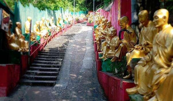 Монастир десяти тисяч Будд