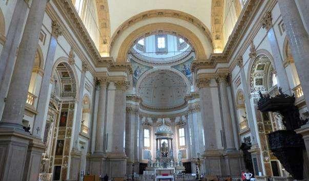Церква Сан-Феделе