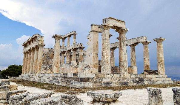 Храм Аттай