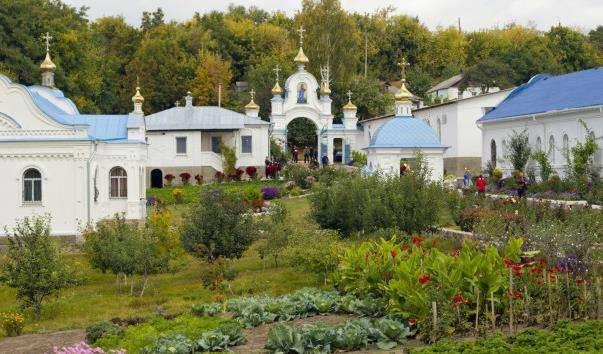 Молчанський монастир-фортеця в Путивлі