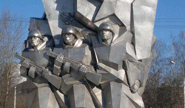 Памятник Подільським курсантам