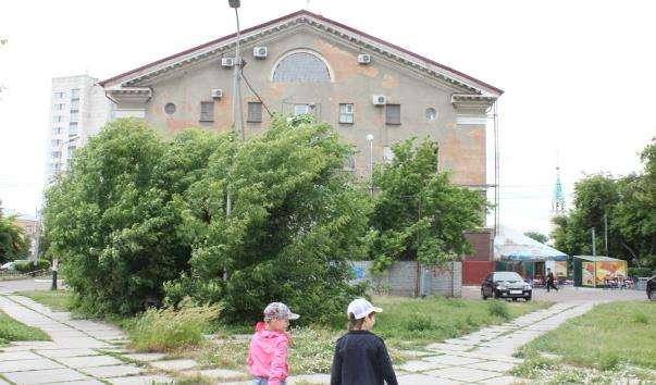 Кінотеатр Маяковський в Омську