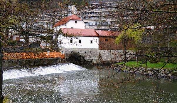 Річка Пивка
