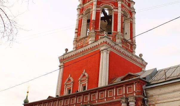 Надбрамна церква Покрови Пресвятої Богородиці Високо-Петровського монастиря
