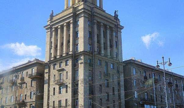 Будинок на Московському проспекті