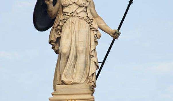 Колона зі статуєю богині Афіни в Афінах
