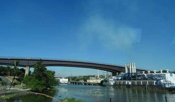 Міст через Річку Осама