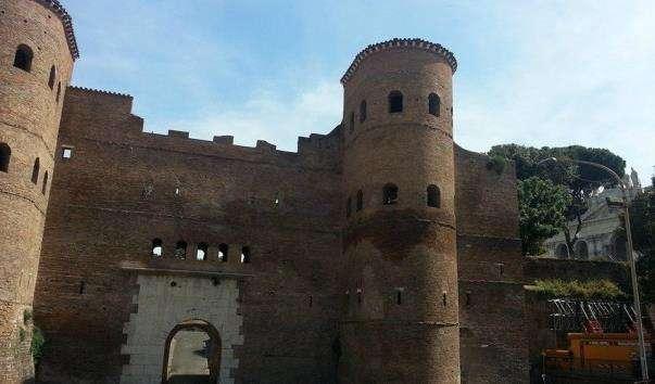 Ворота Сан-Паоло в Римі